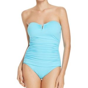 TOMMY BAHAMA Pearl Tummy Control Bathing Suit